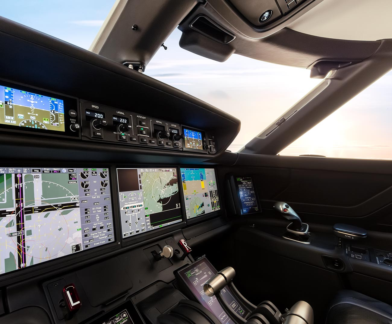 Details of the G600 flight deck